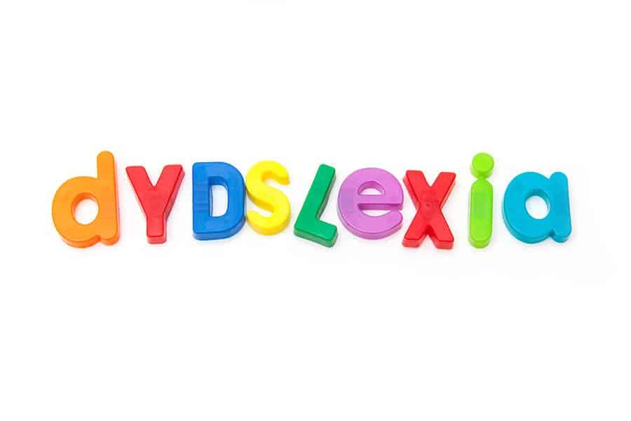 Dyslexie testen en behandeling onderzoek kampen